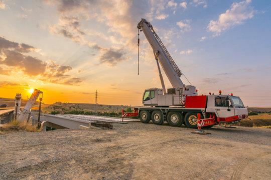Mobile crane sales Australia